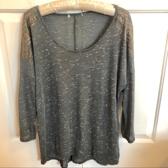 Maurices Tops - Maurice's Plus size 3/4 sleeve gray speckle top